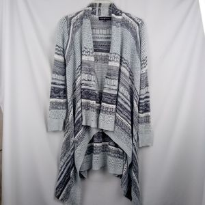 Almost famous B&W Cardigan